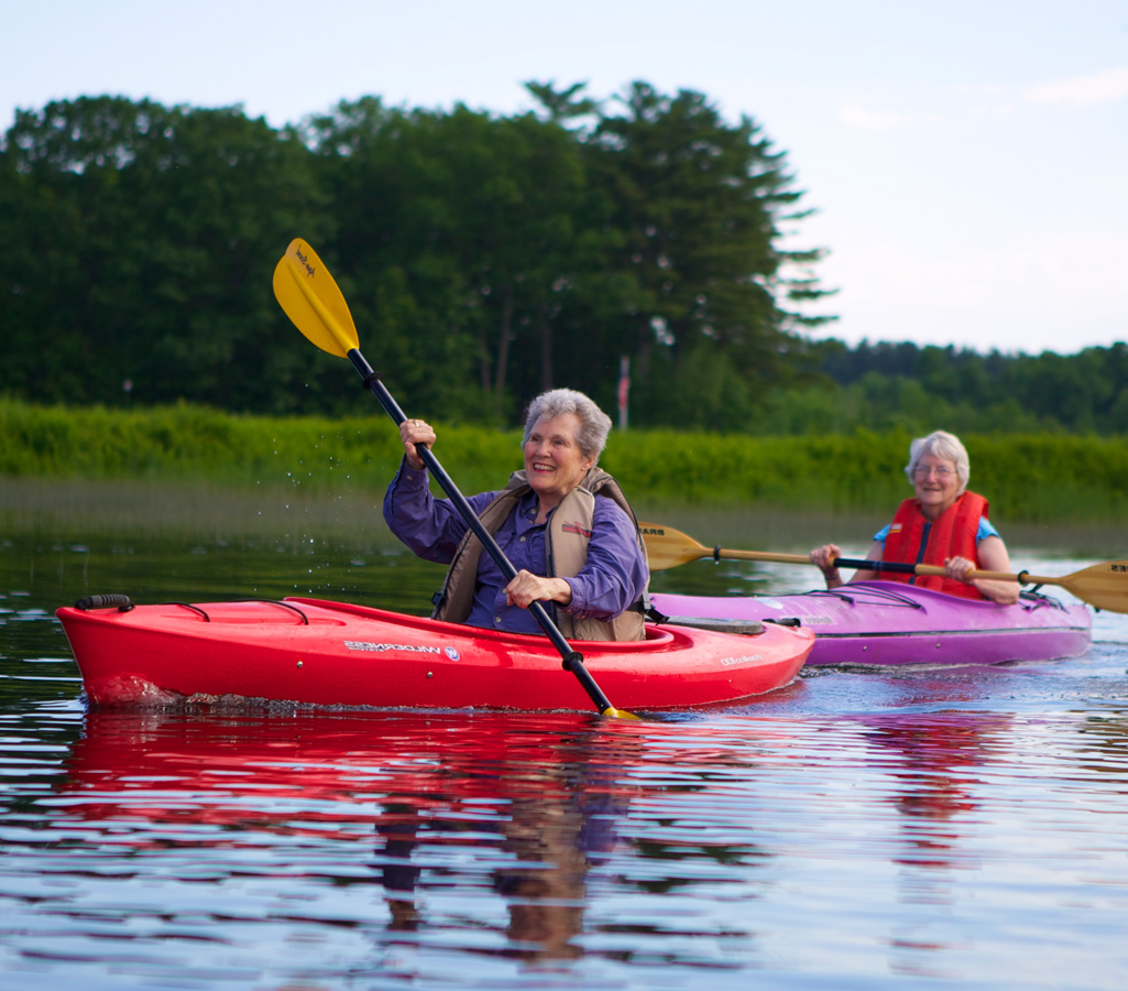 An Independent Living resident of Riverwoods Exeter kayaking in Exeter, New Hampshire.