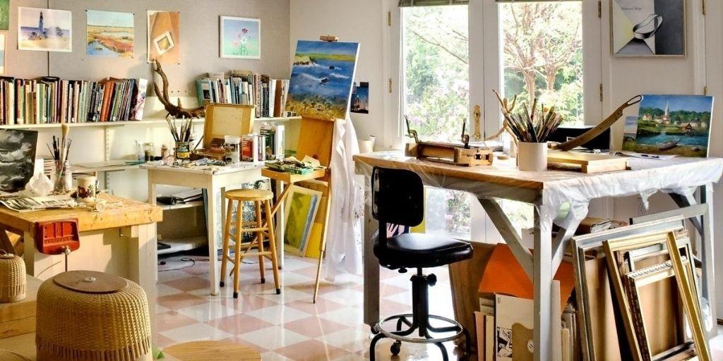 art studio at RiverWoods